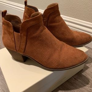 Style & Co Shoes - Style & CO booties